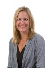 Photo of Julie Noffsinger, MD
