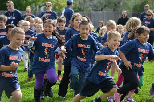 the walkathon concept is simple all students receive a pledge form and solicit flat rate donations from family members and friends to runwalk laps at the